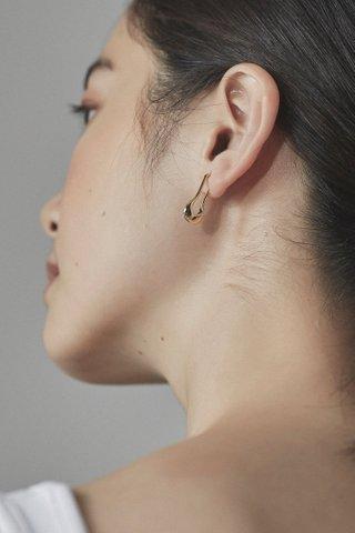 Eesha Ear Studs