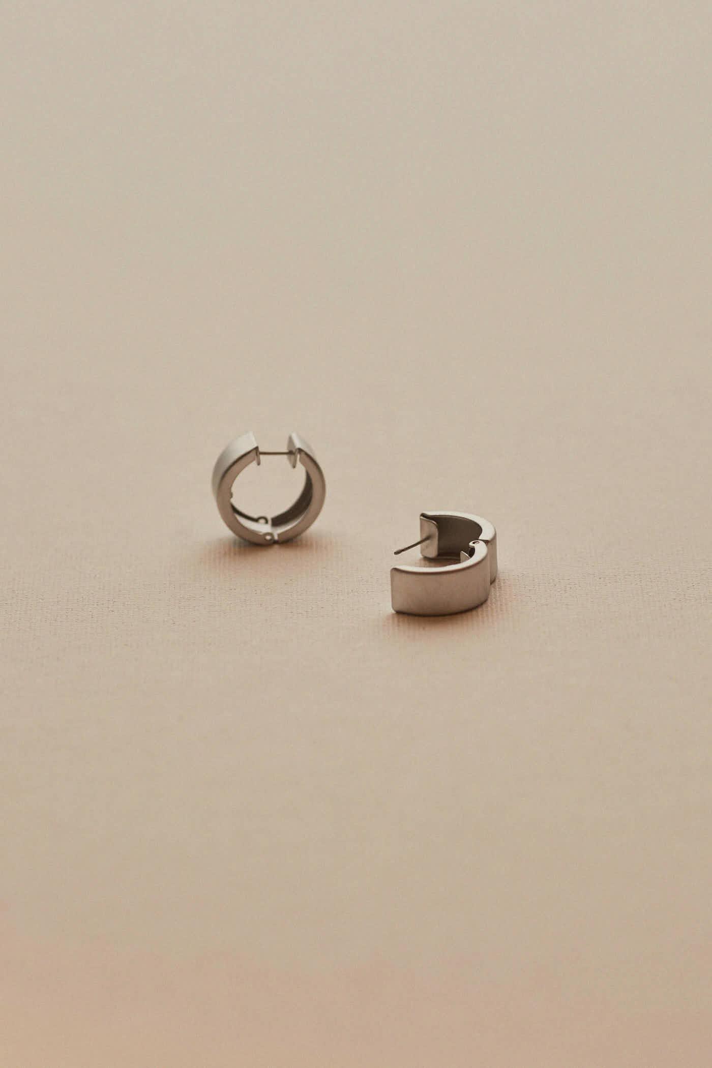 Yvana Hoop Earrings