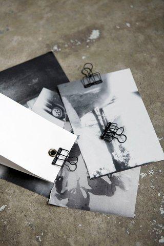 Monograph Wire Clip