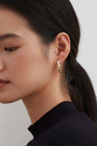 Yori Hoop Earrings