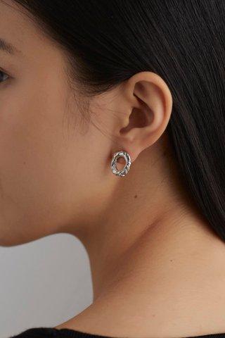 Ario Ear Studs
