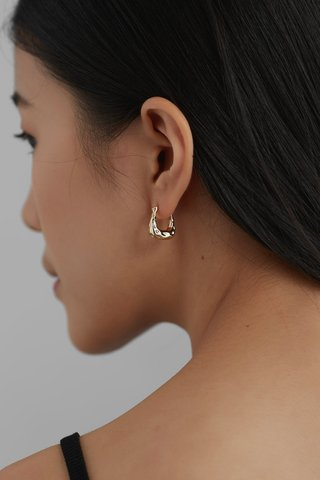 Douce Hoop Earrings