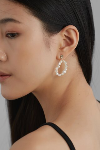 Dain Pearl Earrings