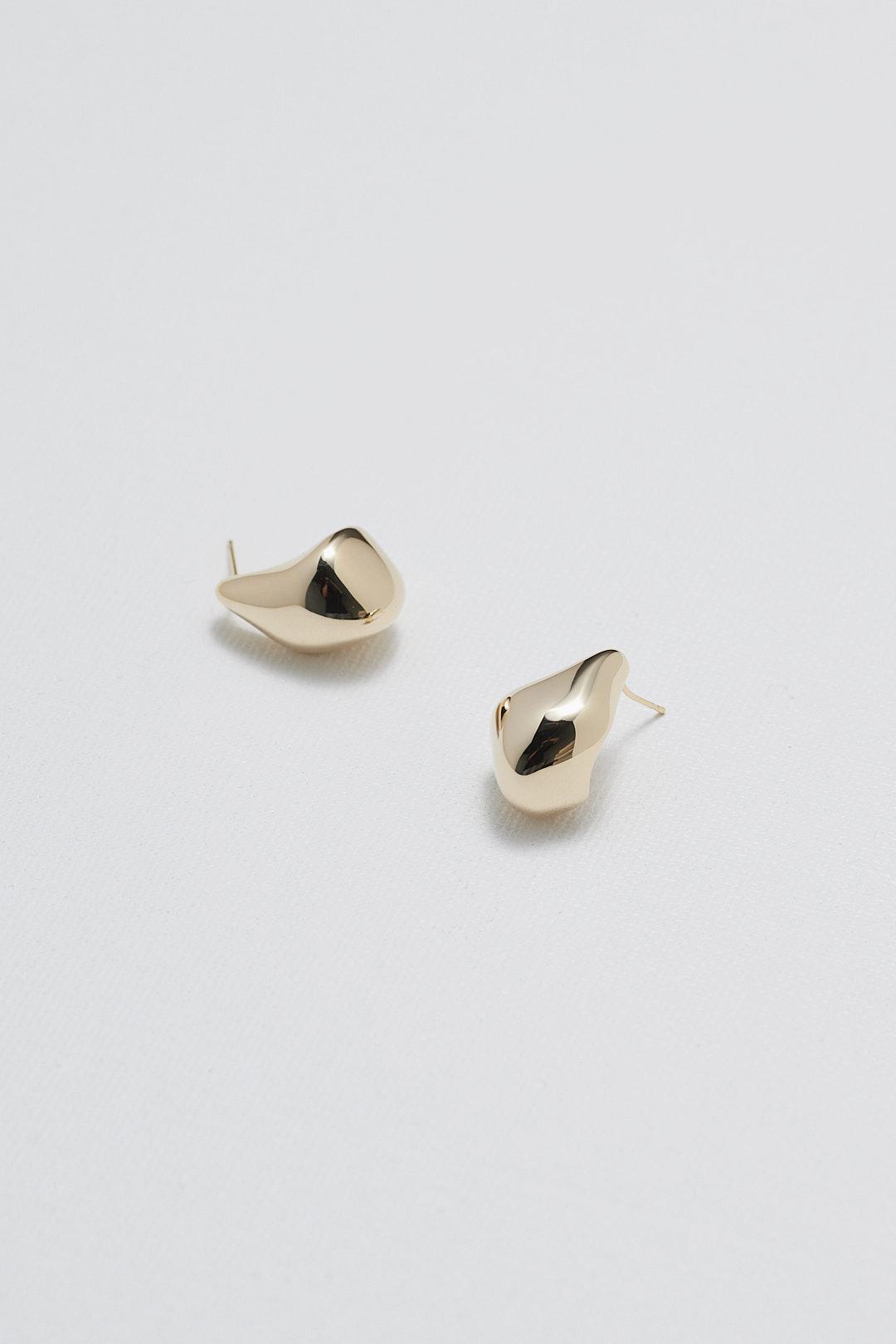 Dahlia Ear Studs