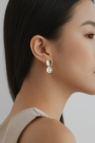 Wynne Drop Earrings