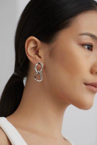 Austyn Drop Earrings
