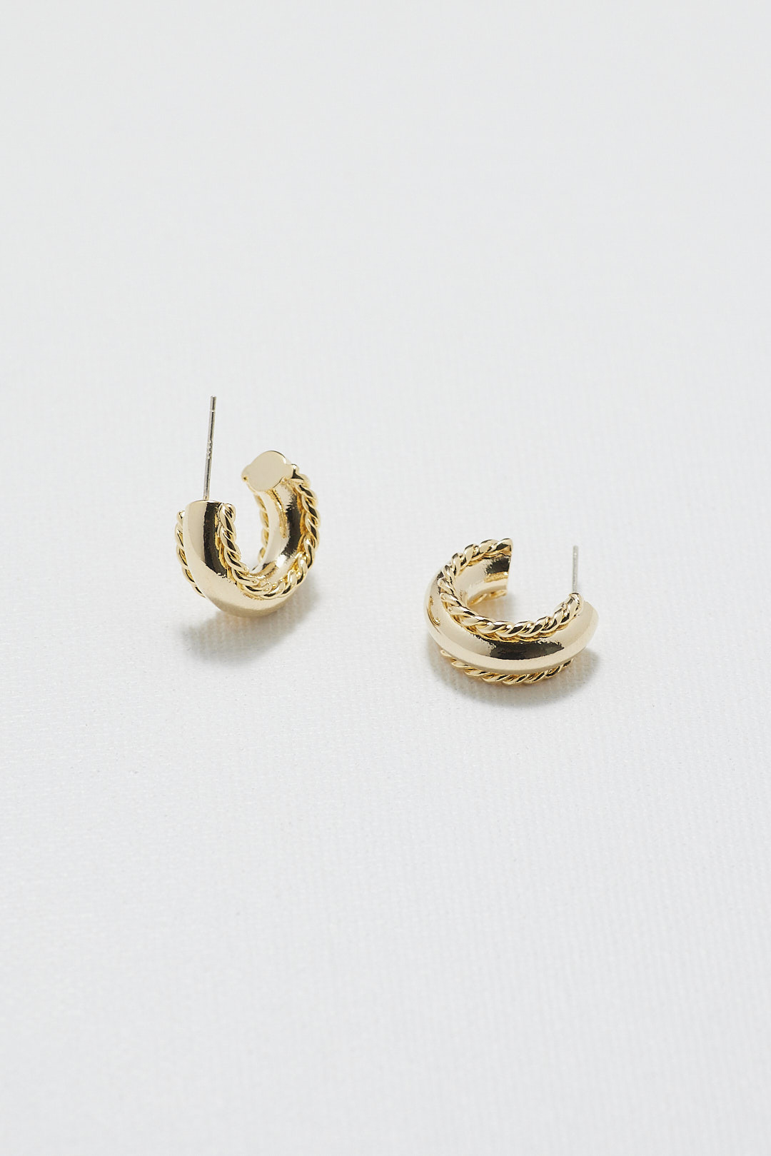 Elynne Earrings