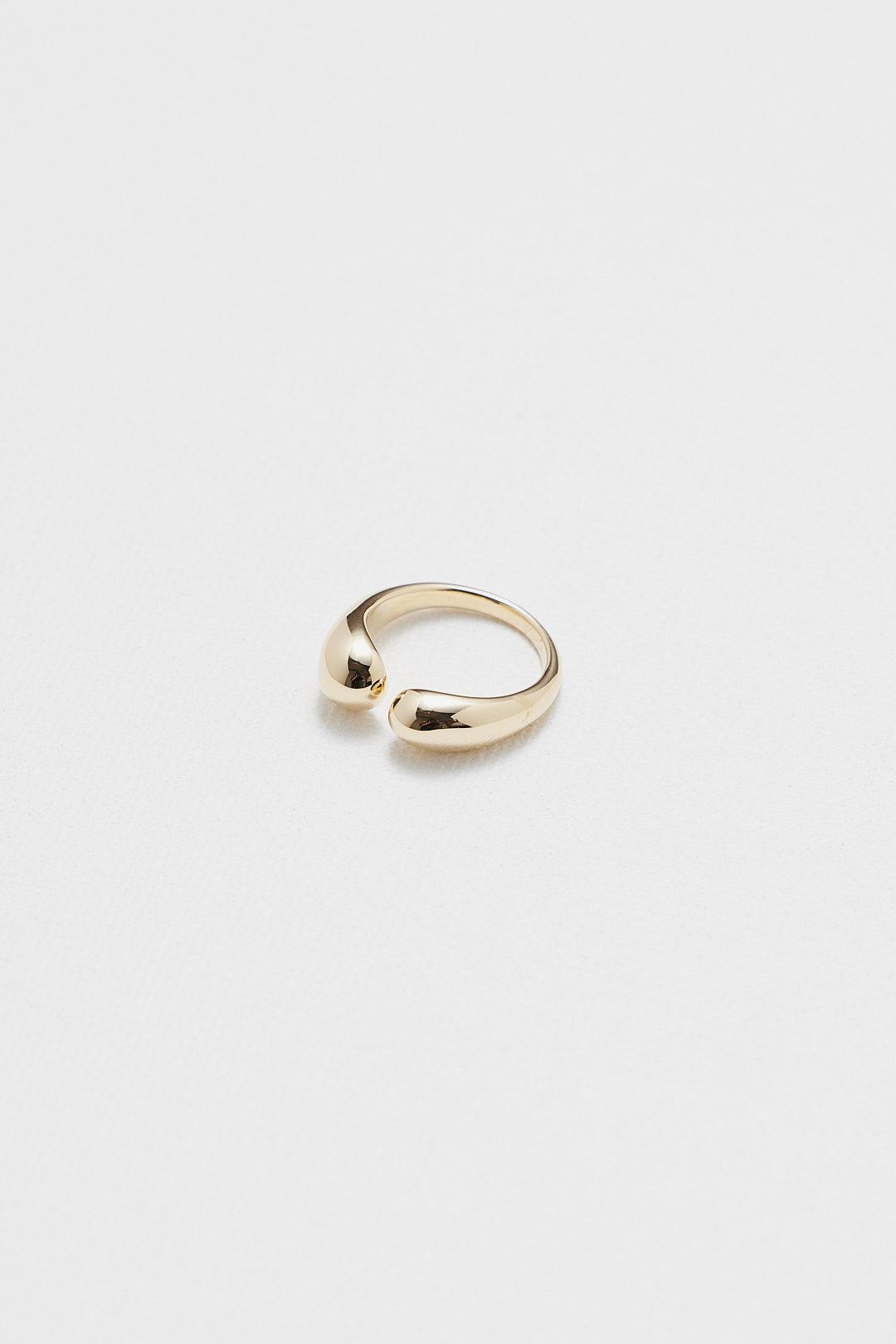 Dova Ring