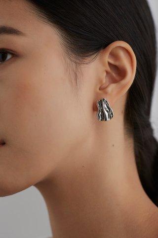 Reia Ear Studs