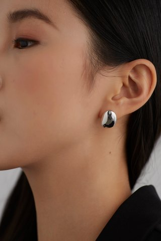 Evry Earrings