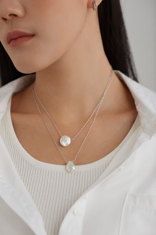 Nydia Layer Necklace
