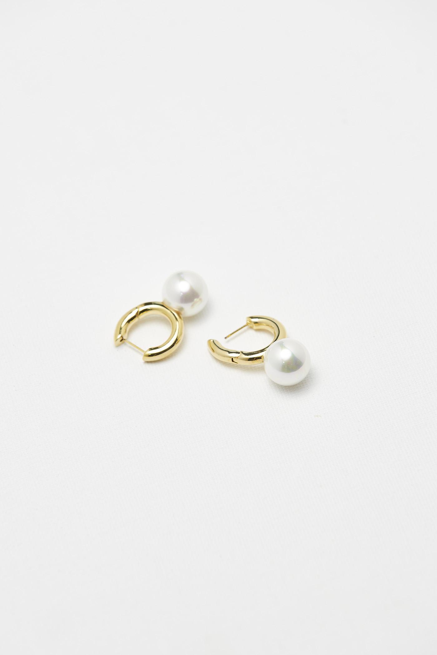 Yulla Earrings