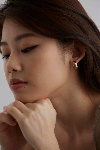 Aerith Hoop Earrings