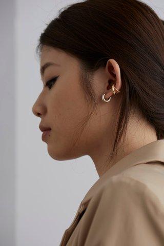Emelie Ear Cuff