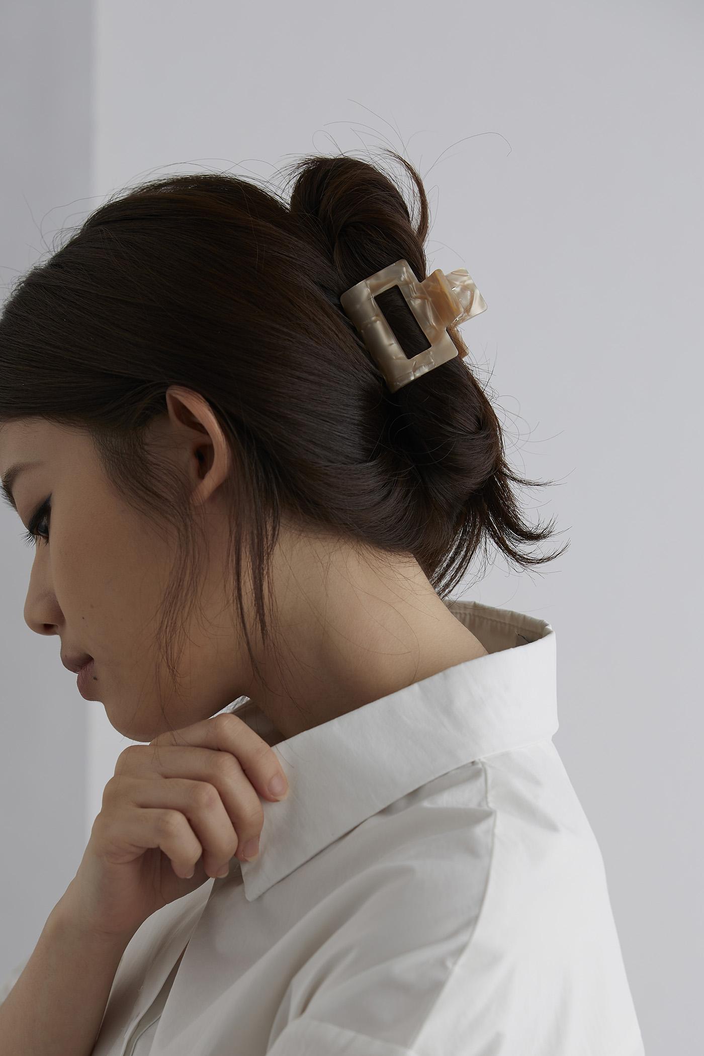 Debby Hair Claw