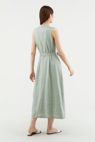 Delilah Stand-collar Dress