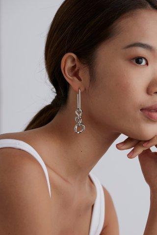 Milana Drop Earrings