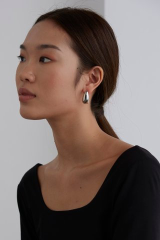 Verita Earrings