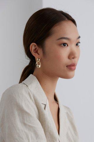 Vinia Drop Earrings