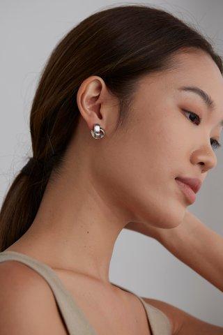 Olesia Ear Studs
