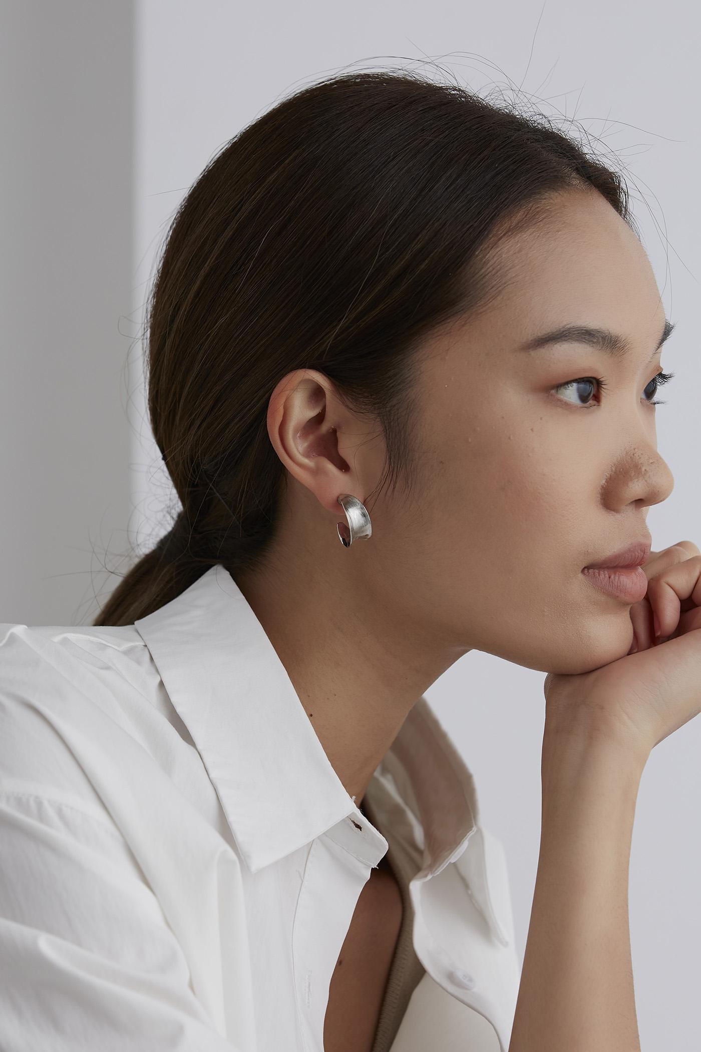Devina Earrings