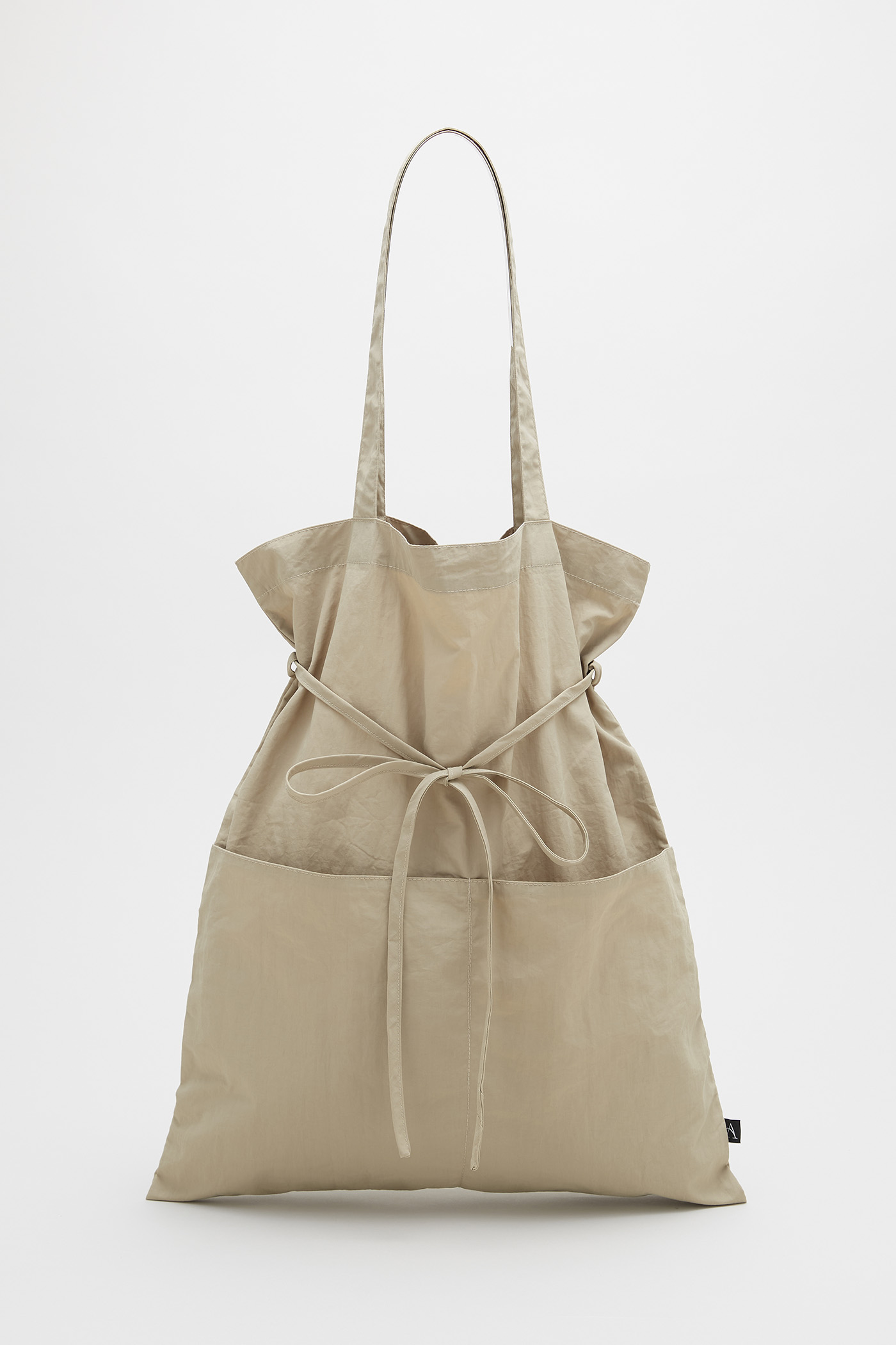 The Pocket Tote