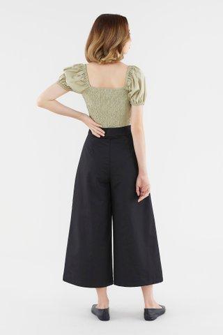 Cerisa Puff-Sleeve Blouse