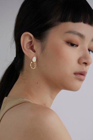 Liya Drop Earrings