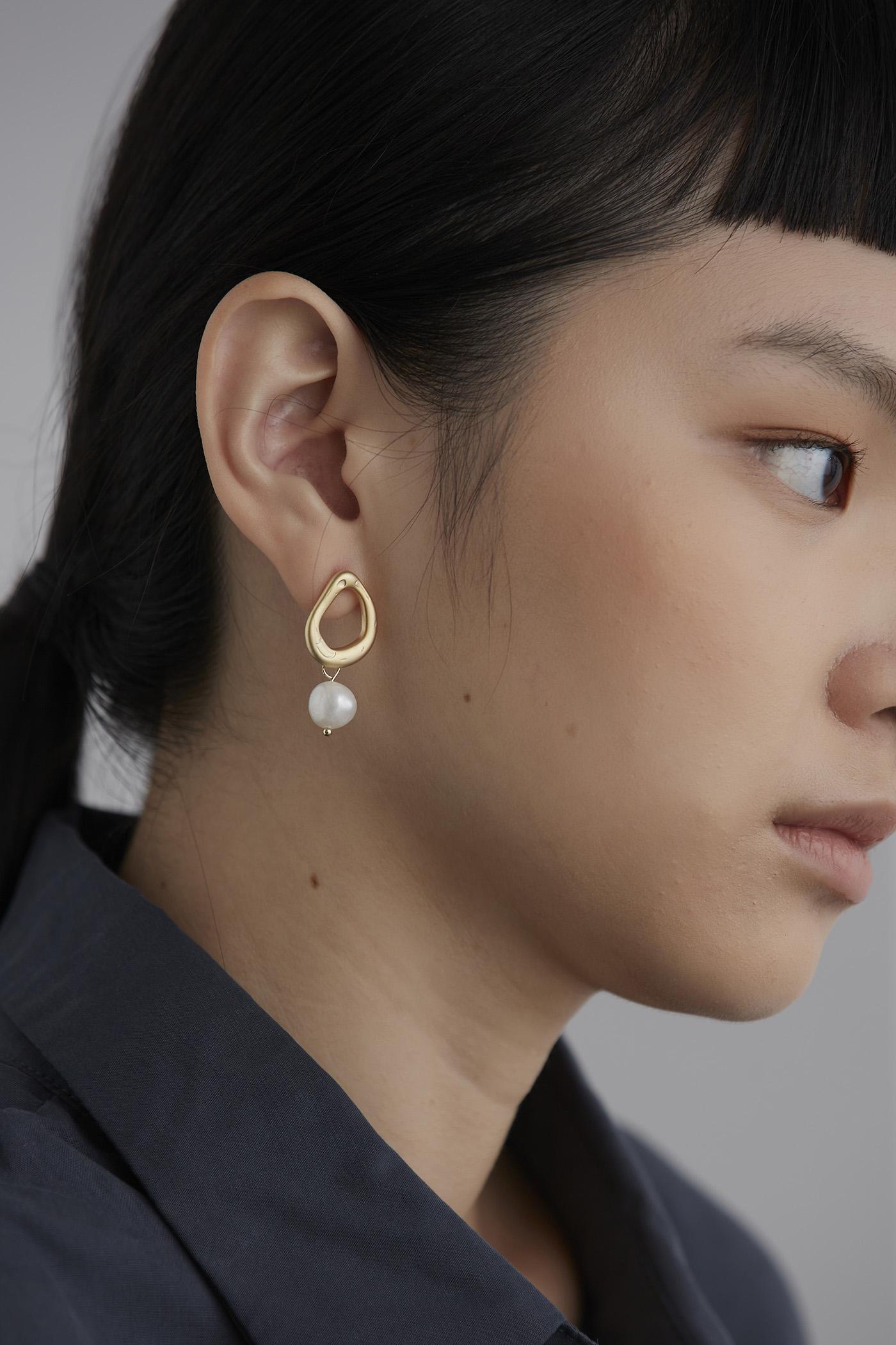 Serene Drop Earrings