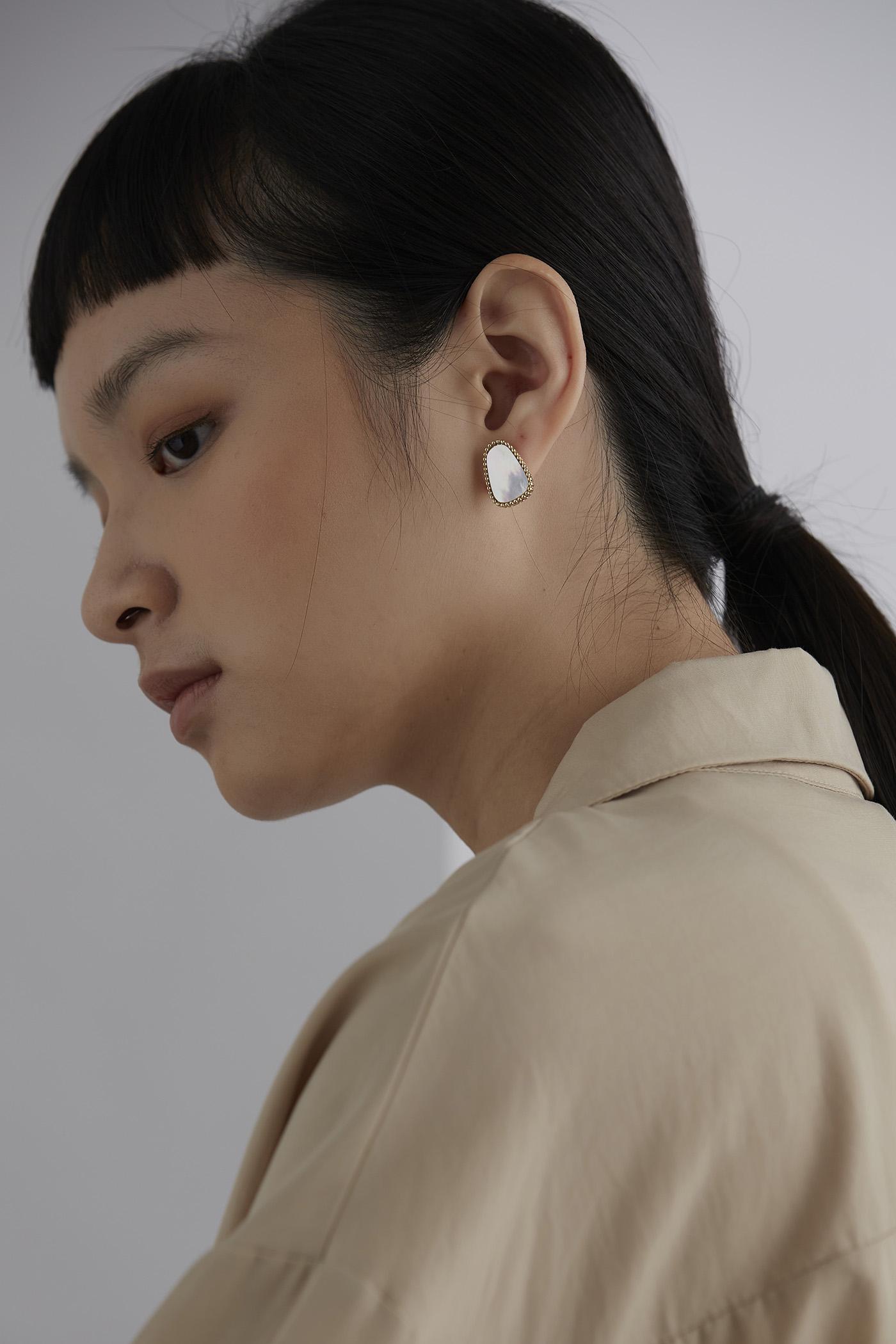 Yanni Ear Studs