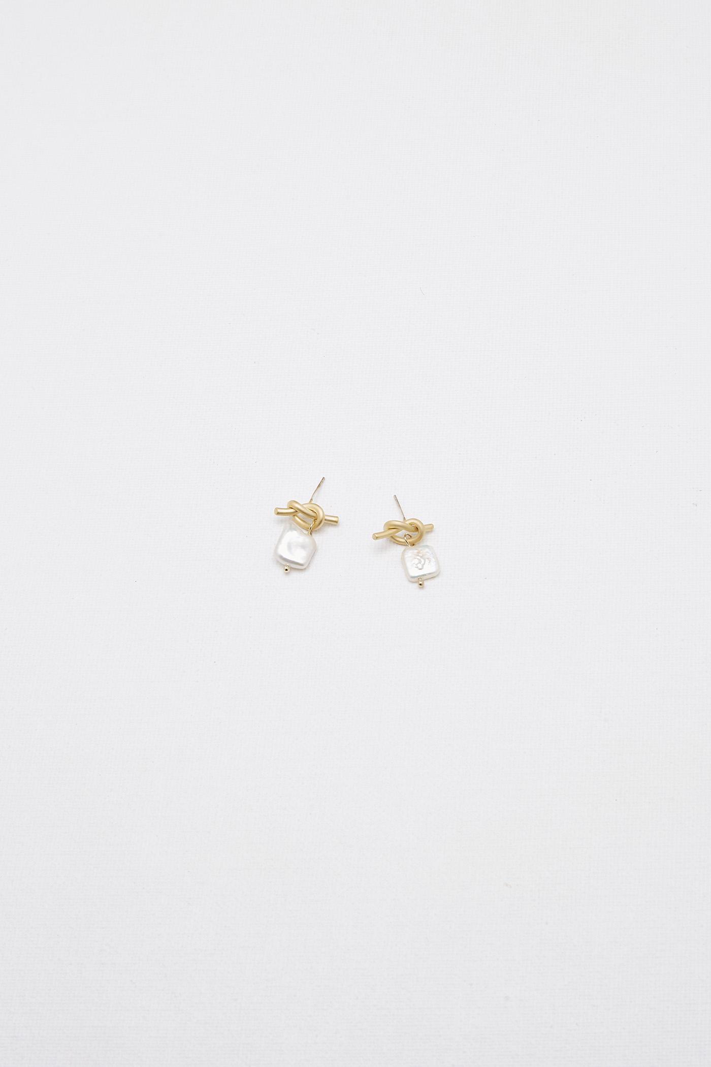 Cali Drop Earrings